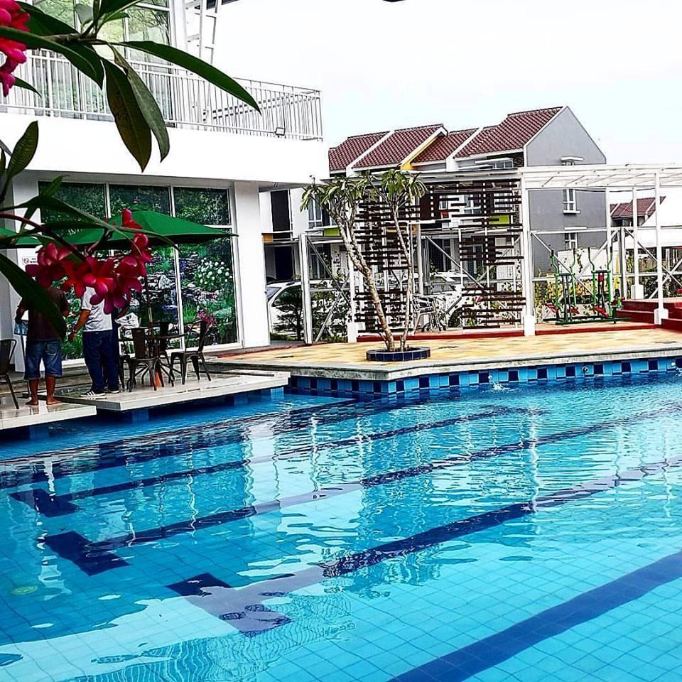 Dibuka untuk UMUM, jadi member bulanan di Kolam Renang B1R. Kolam Renang B1R di perumahan BINONG 1 RESIDENCE, Jalan Binong Permai Raya no.1, Karawaci, Tangerang 15810